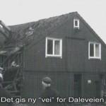 1983_Det_gis_ny_vei_for_Daleveien